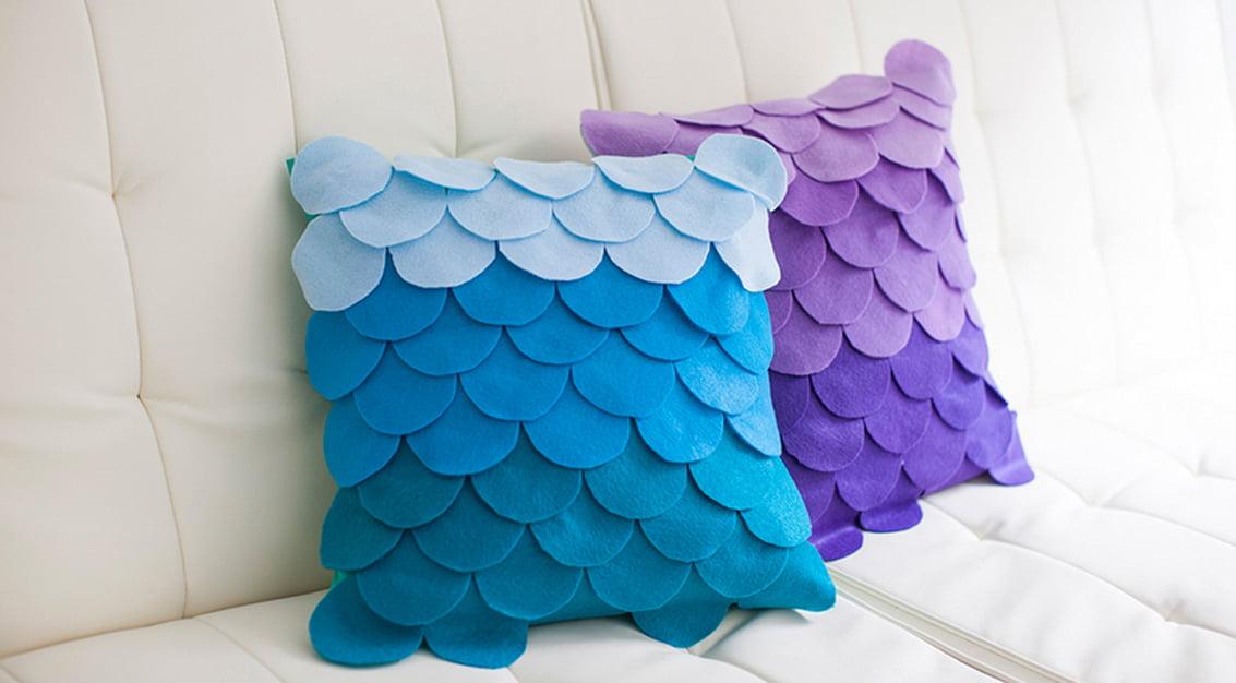 DIY fácil: customizando almofadas com feltro