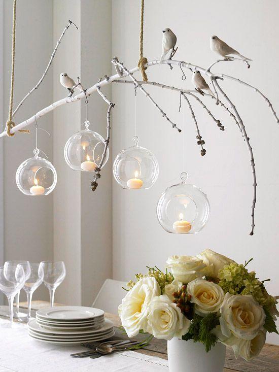 Decoração-com-ramos-galhos-e-madeira-centro-mesa-velas
