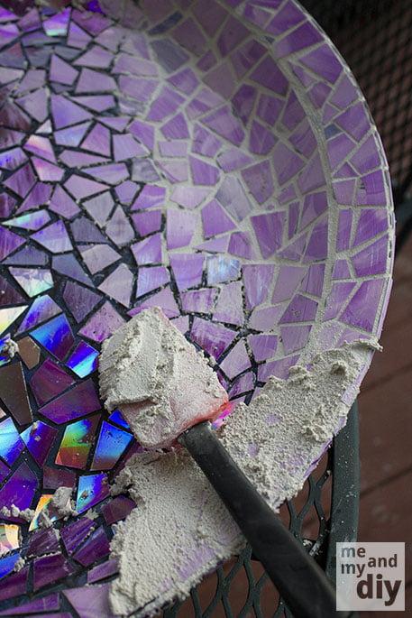 mosaico-com-cd-pedaços-rejunte