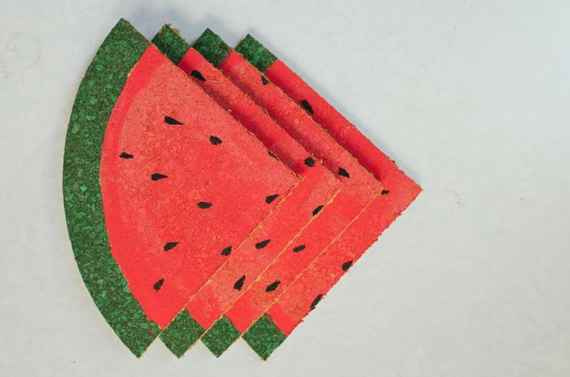 Como-fazer-porta-copos-melancia