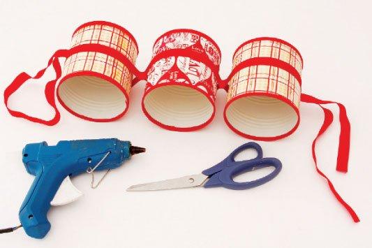 Como-fazer-porta-papel-higienico-latas-acabamento