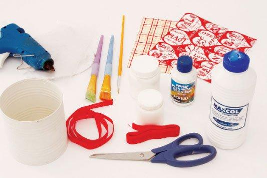 Como-fazer-porta-papel-higienico-latas-materiais