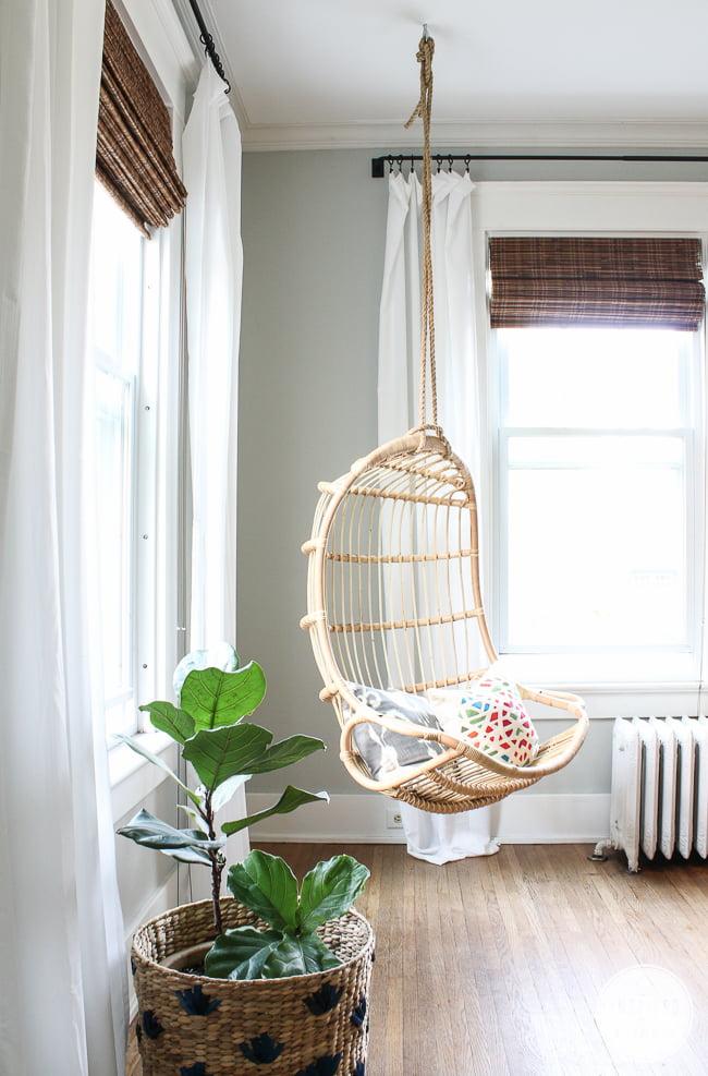 cadeira-de-pendurar-janela