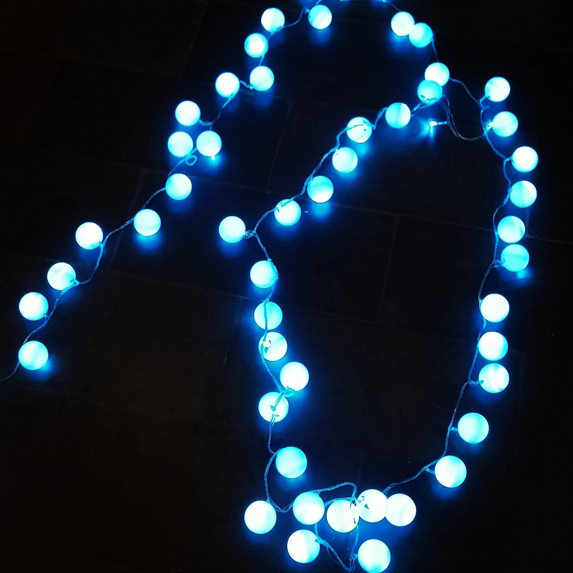 como-fazer-luzes-com-bolas-de-pingue-pongue-resultado